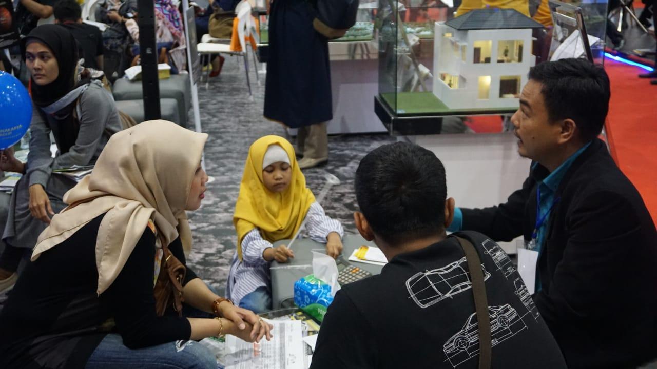 Familia Urban - Orang tua bisa bertransaksi tanpa khawatir bawa anak